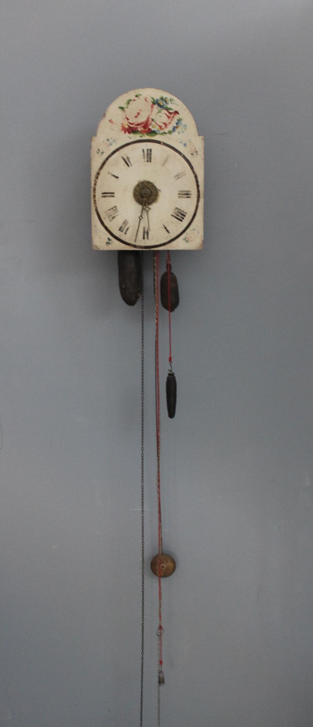 Schwarzwälder Bogenschilduhr mit Uhrzeitansage 19. Jh.