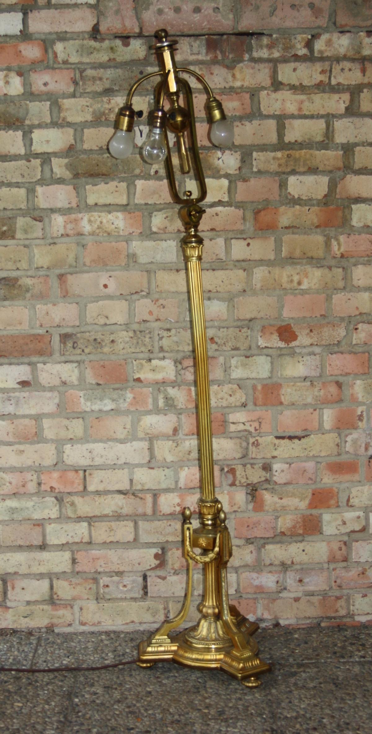 Große Empire-Stehlampe