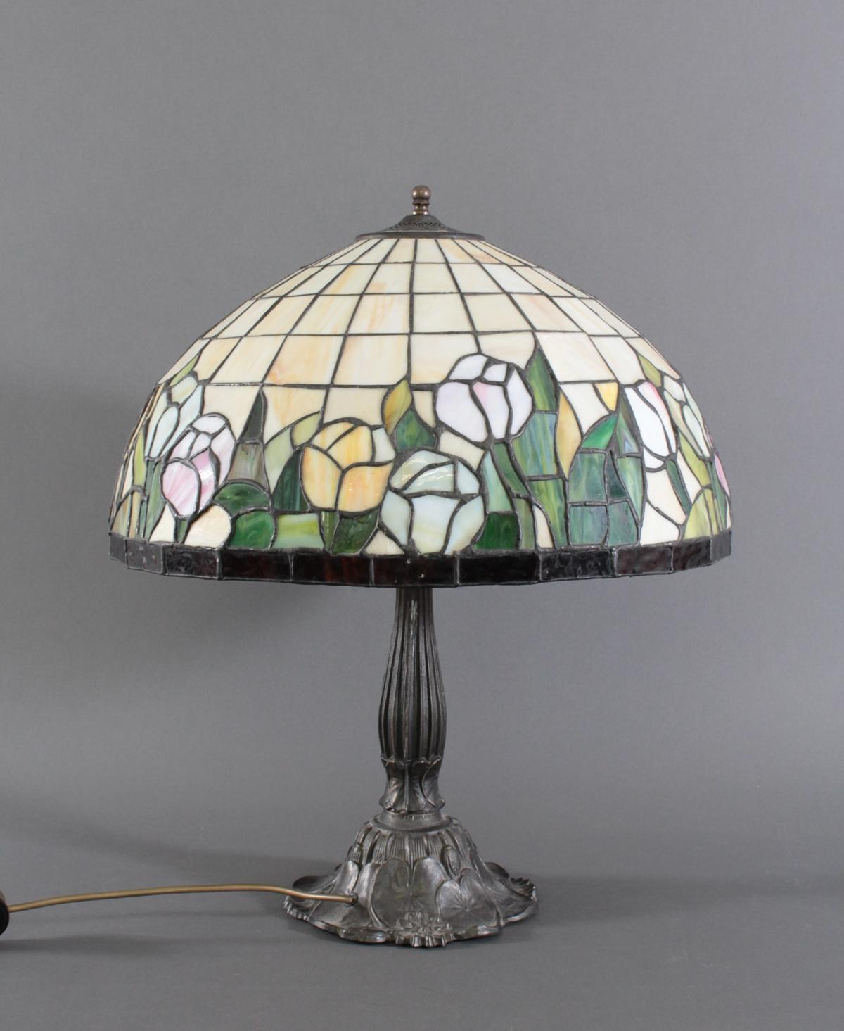 Tischlampe im Tiffany-Stil-2
