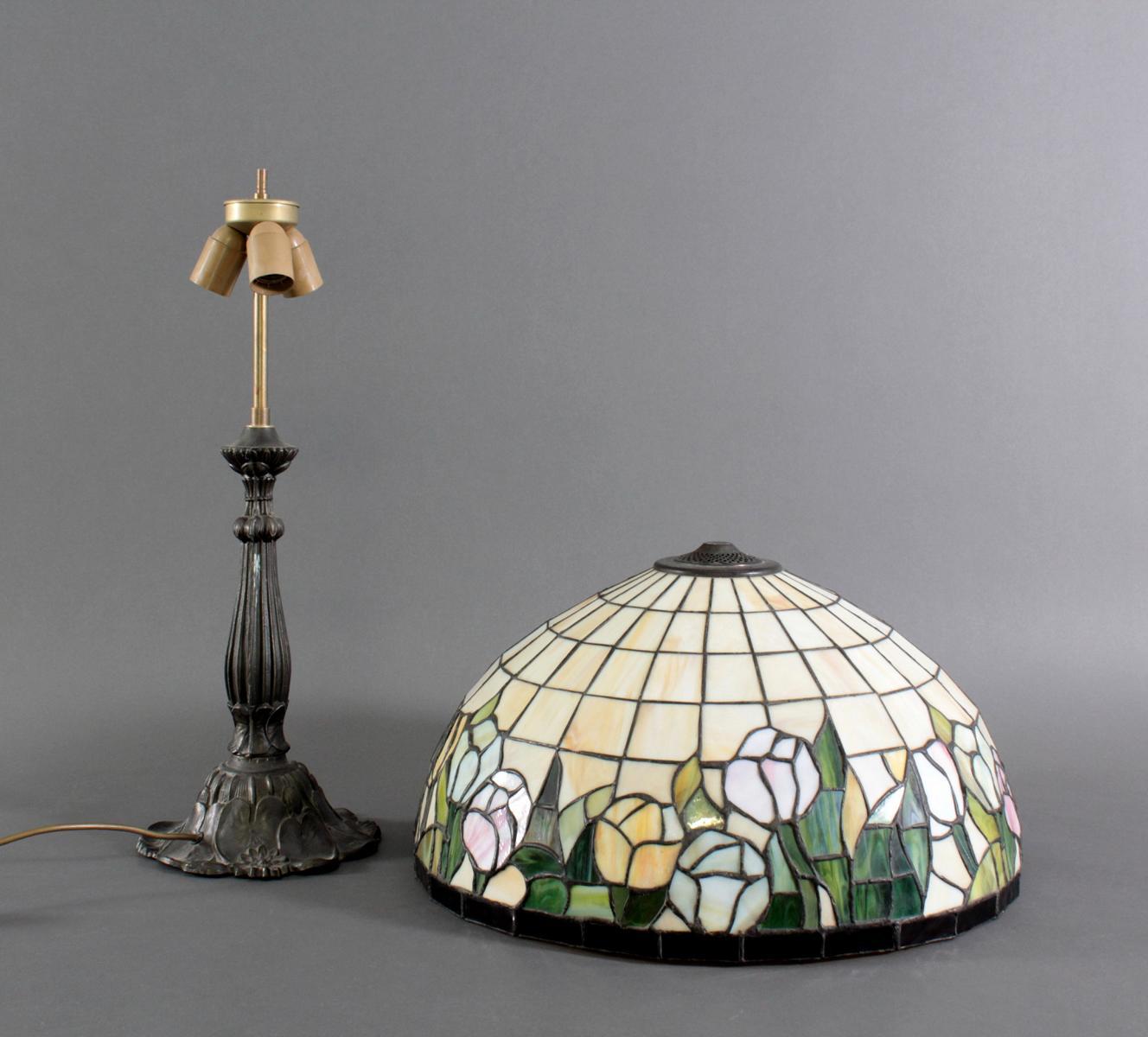 Tischlampe im Tiffany-Stil-3