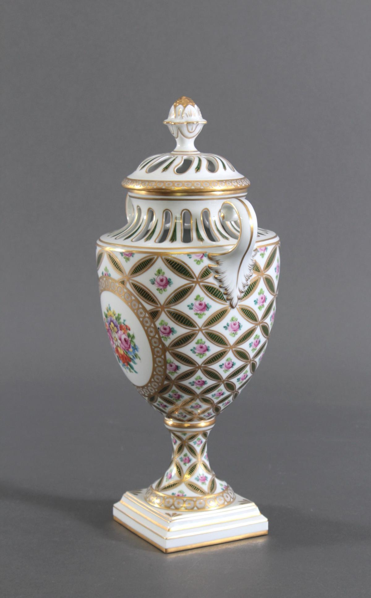 Potpourri Vase, Potschappel Dresden-2