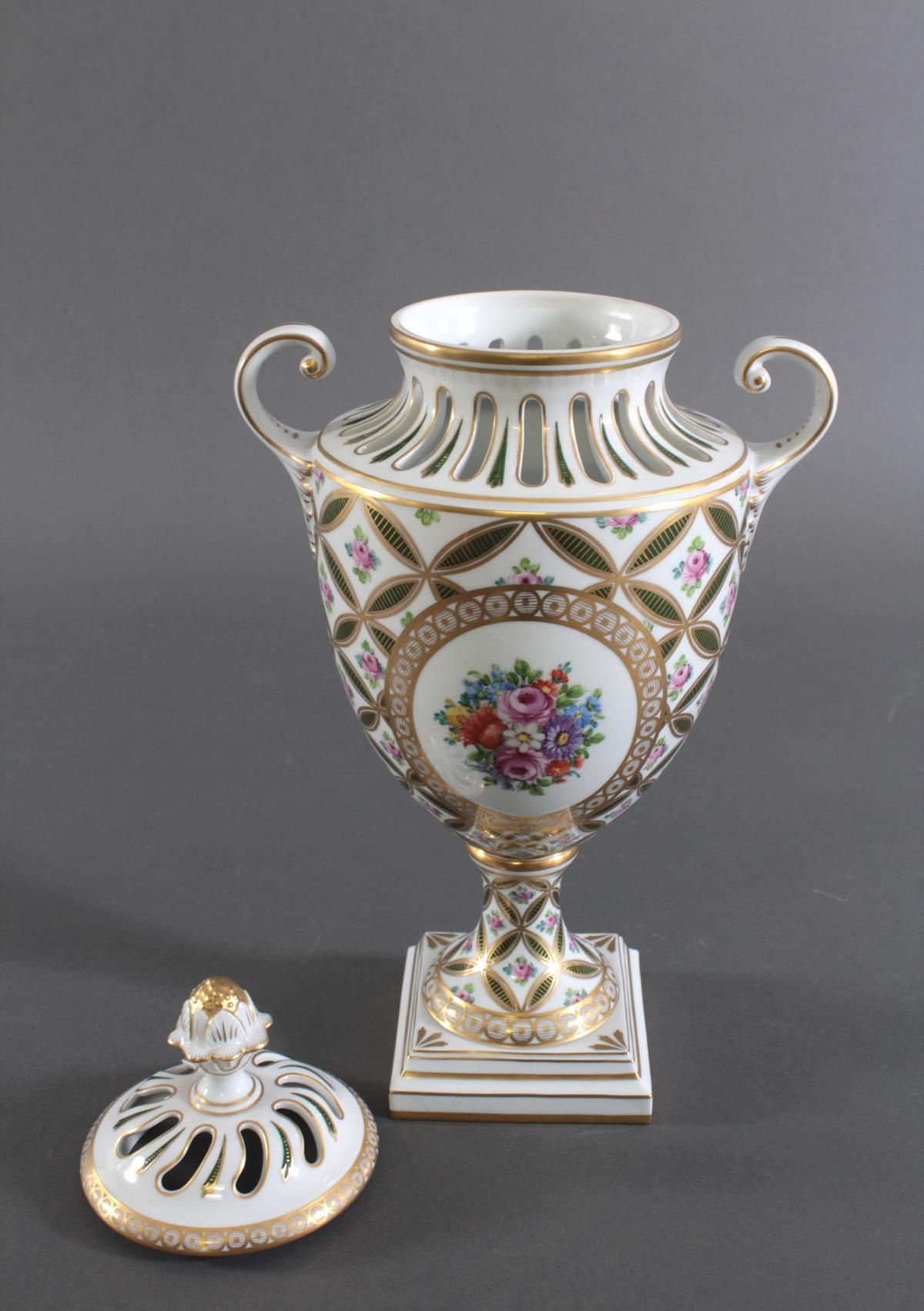 Potpourri Vase, Potschappel Dresden-5