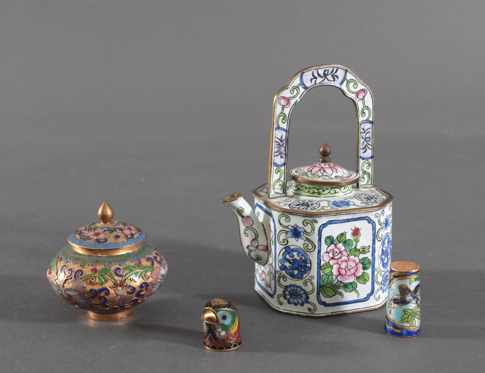 Konvolut Miniatur-Objekte, China 20. Jahrhundert