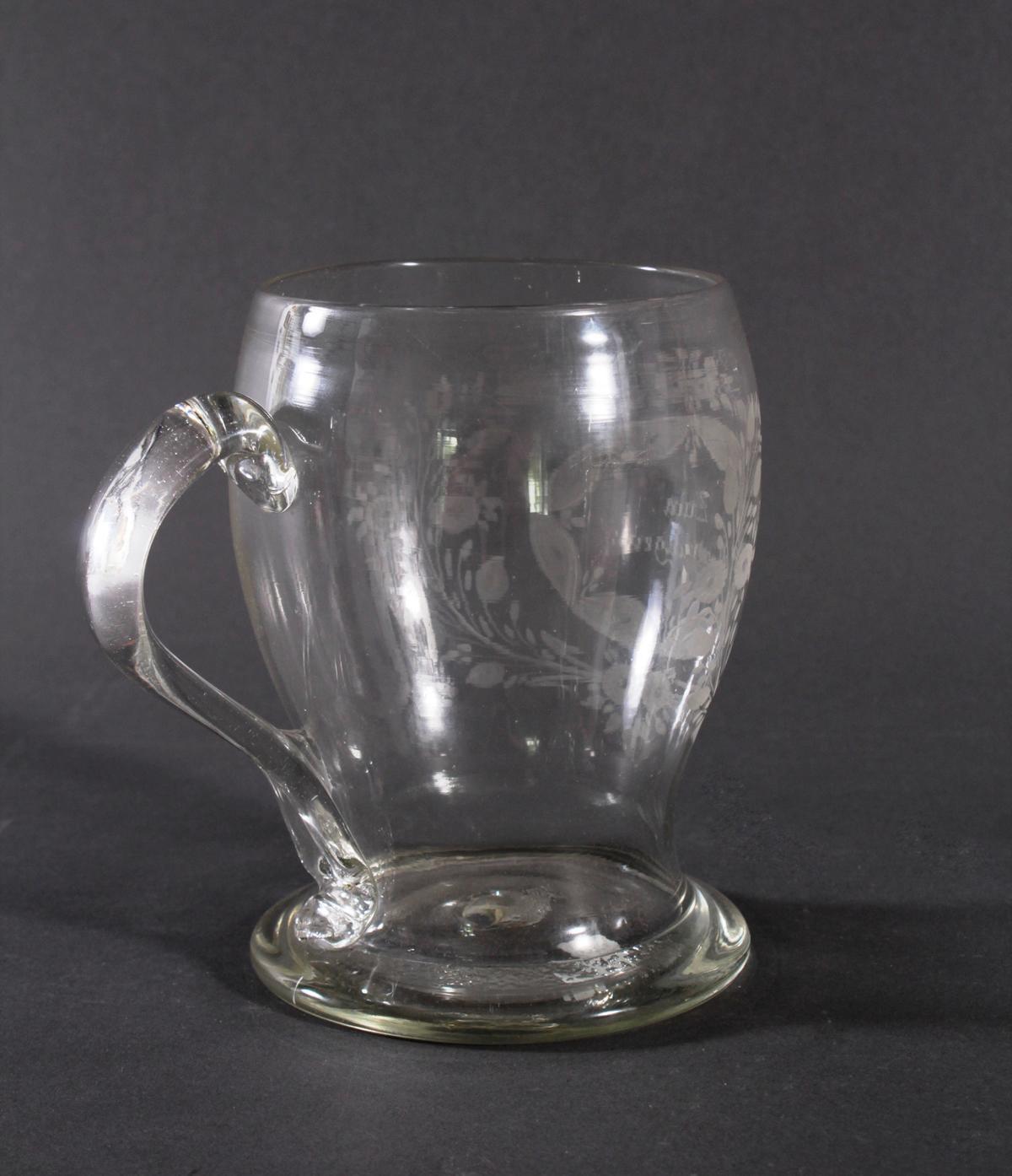 Glaskrug, um 1800-3