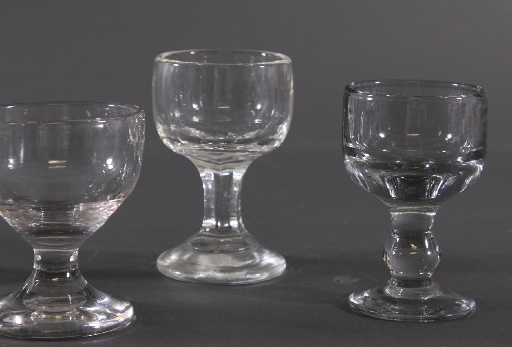 Fünf massive Weingläser, 19. Jahrhundert-3