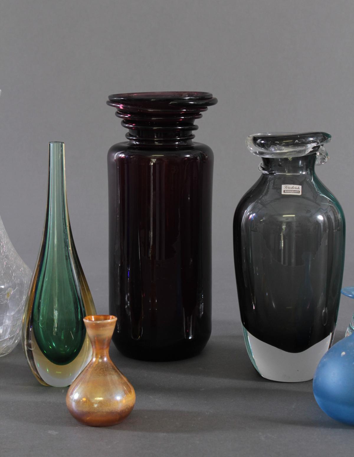 Konvolut von 10 Vasen-3