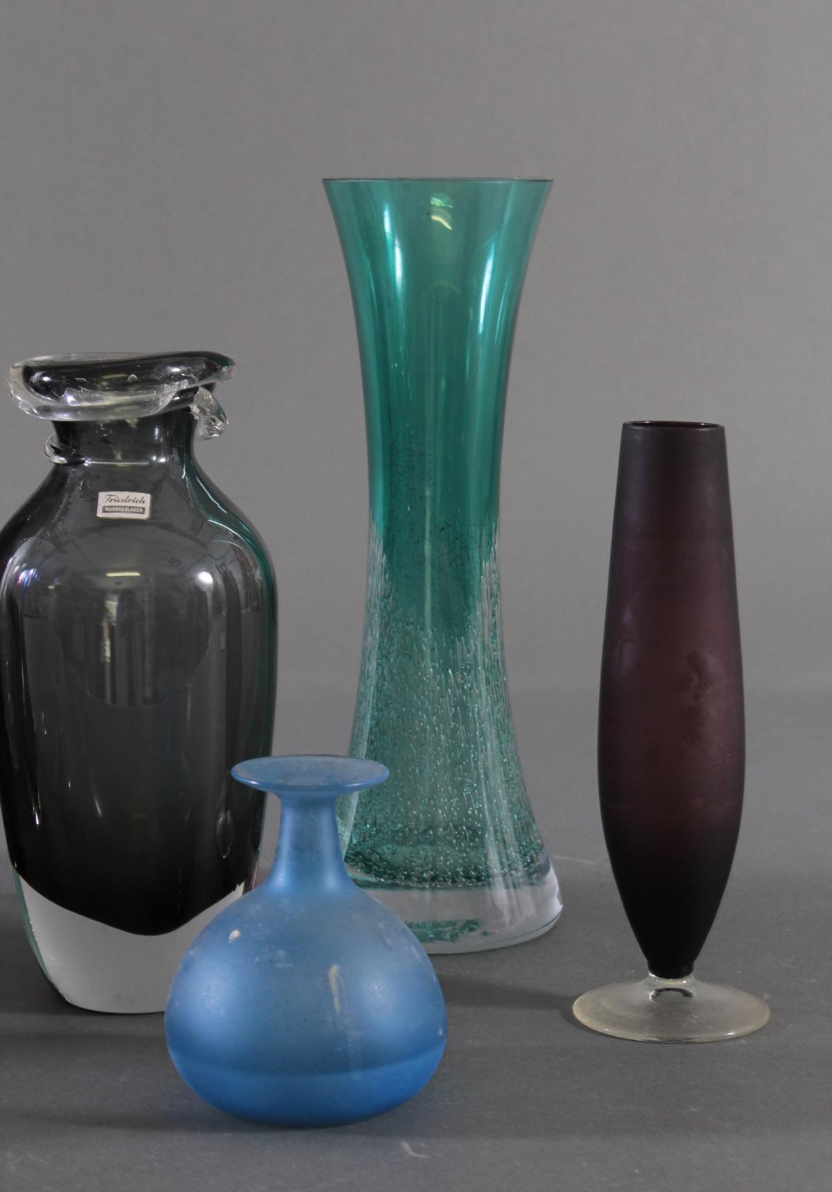 Konvolut von 10 Vasen-4