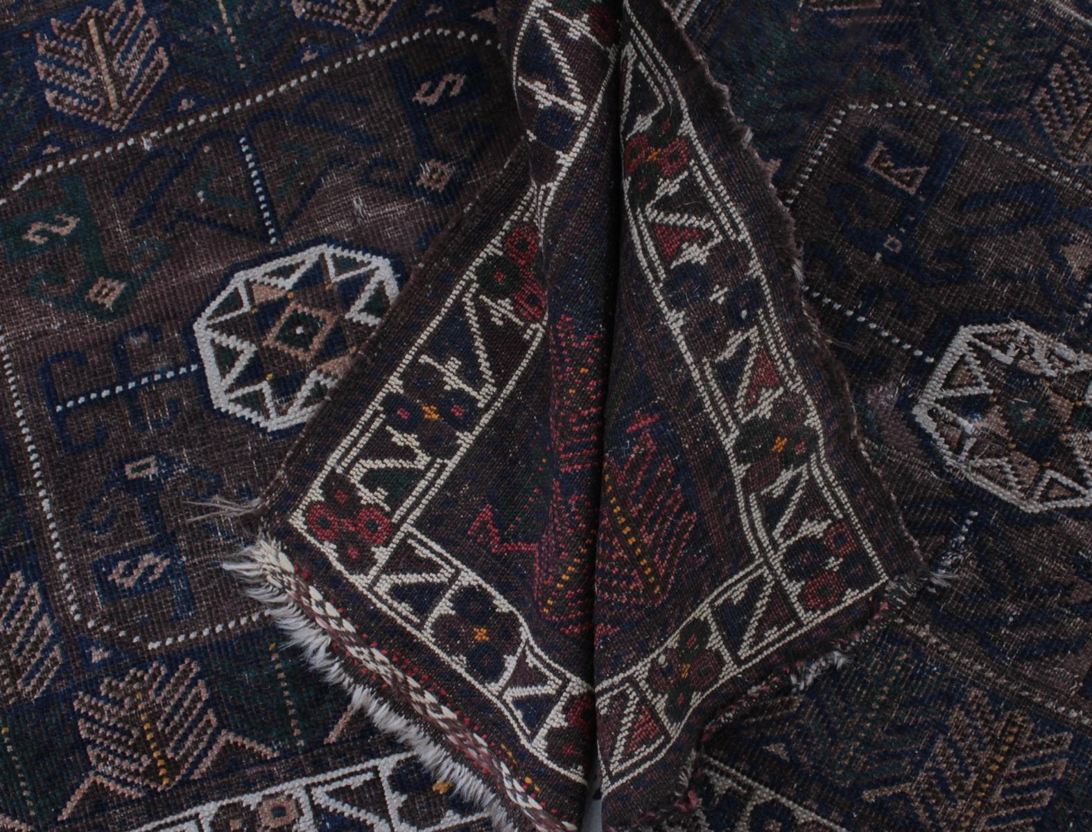 2 antike Teppiche-2