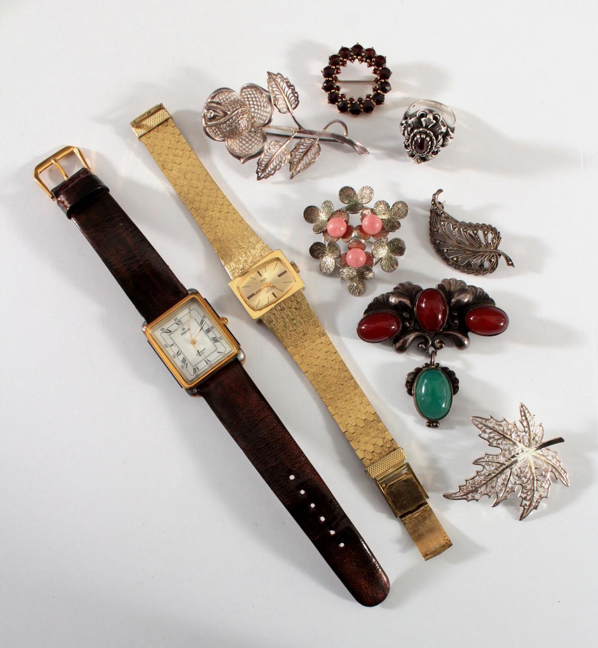 Konvolut Silberschmuck und Armbanduhren