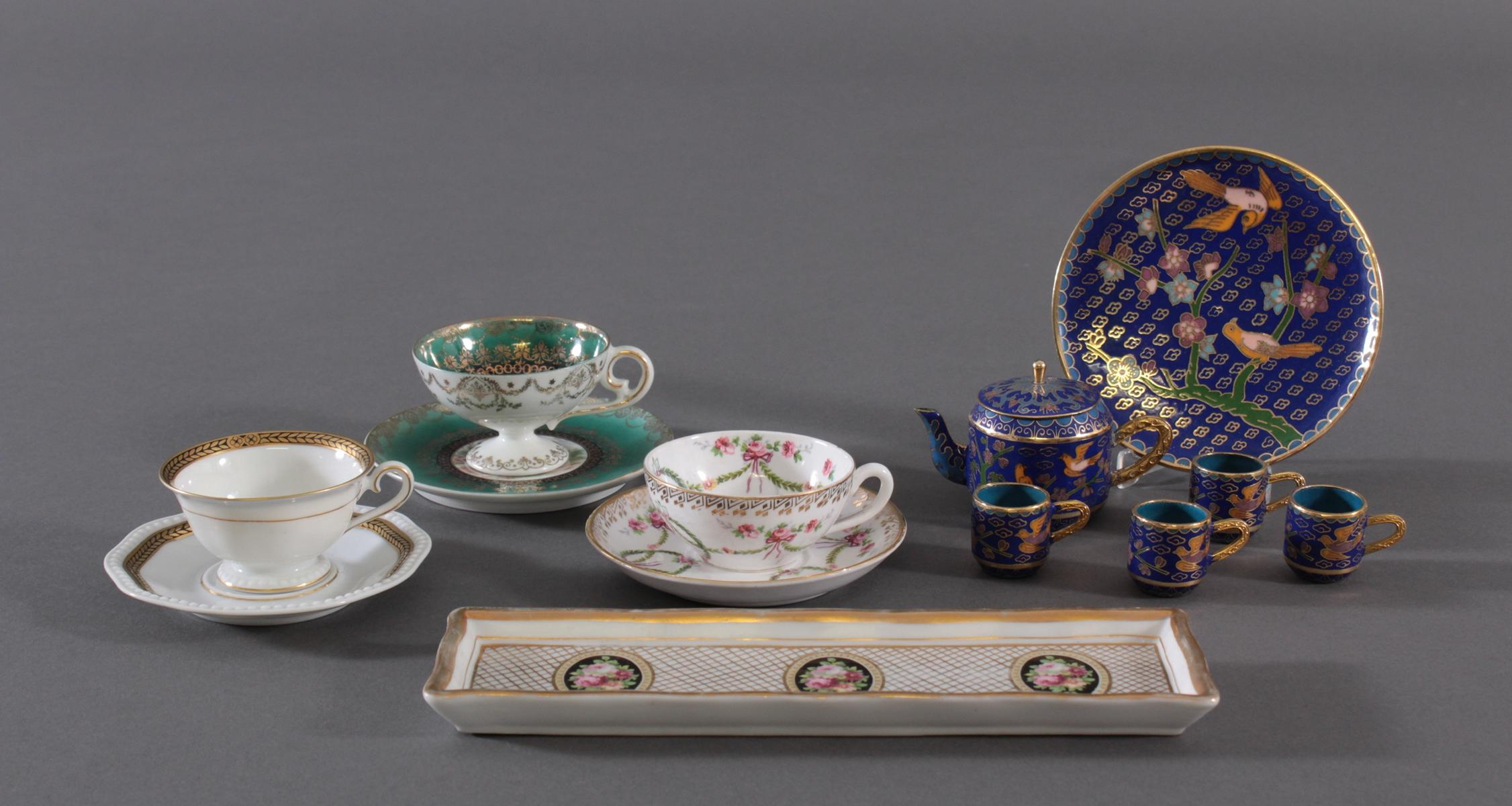 Konvolut Porzellan und Cloisonne – Miniatur-Teeservice