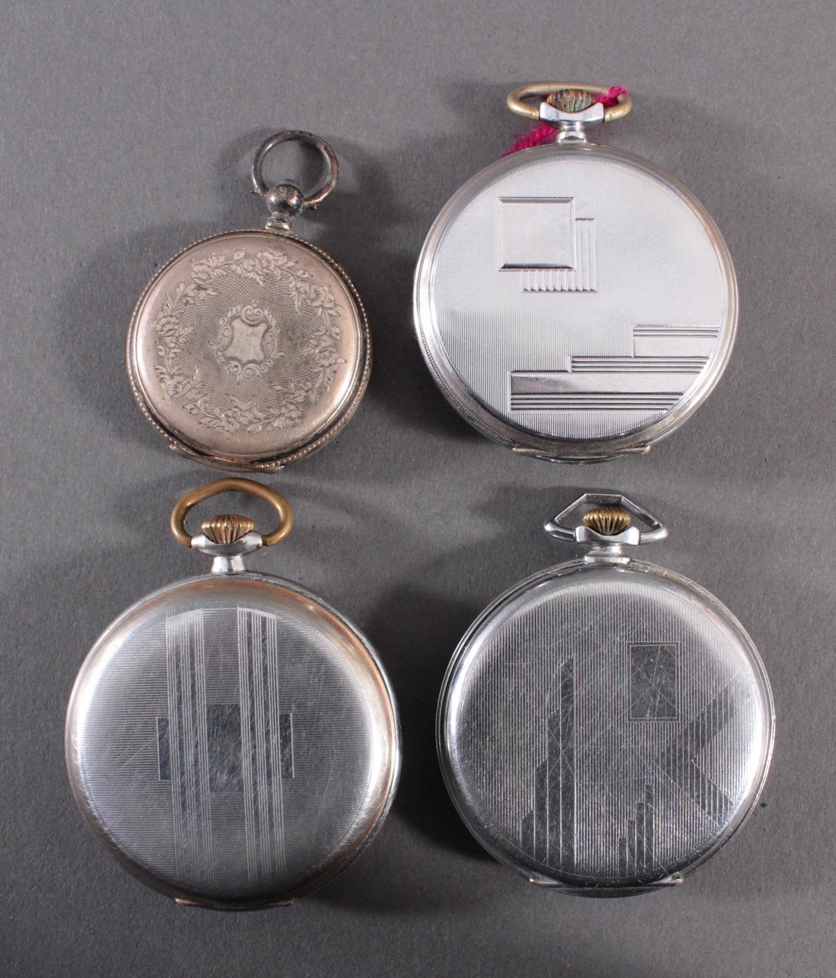 4 Taschenuhren-2