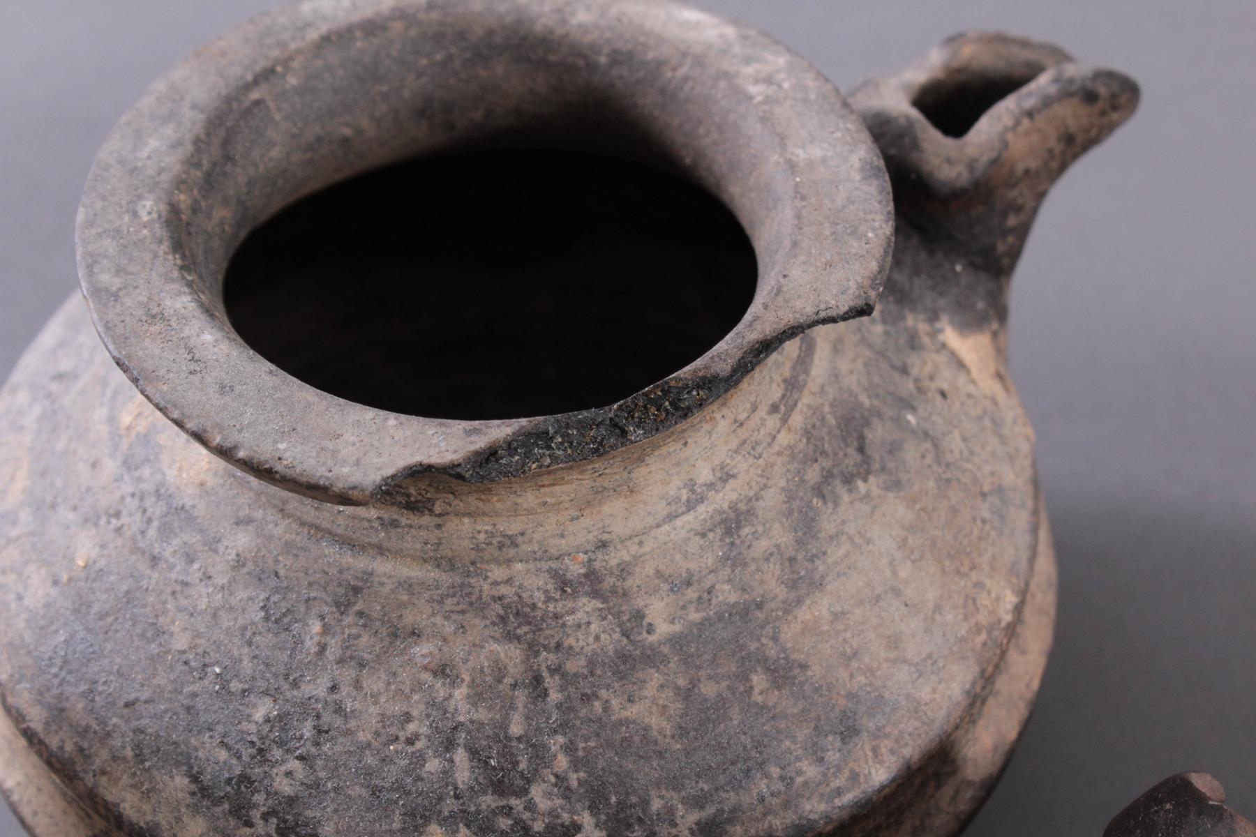 4 unterschiedliche Keramiken-4