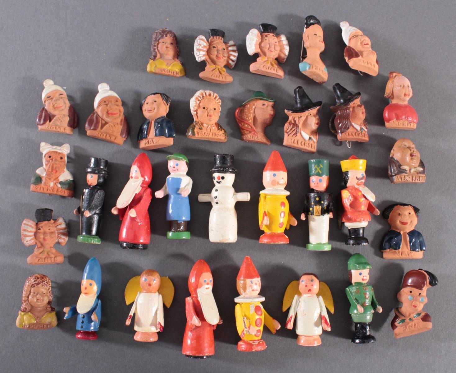 32 WHW Holz und Tonfiguren