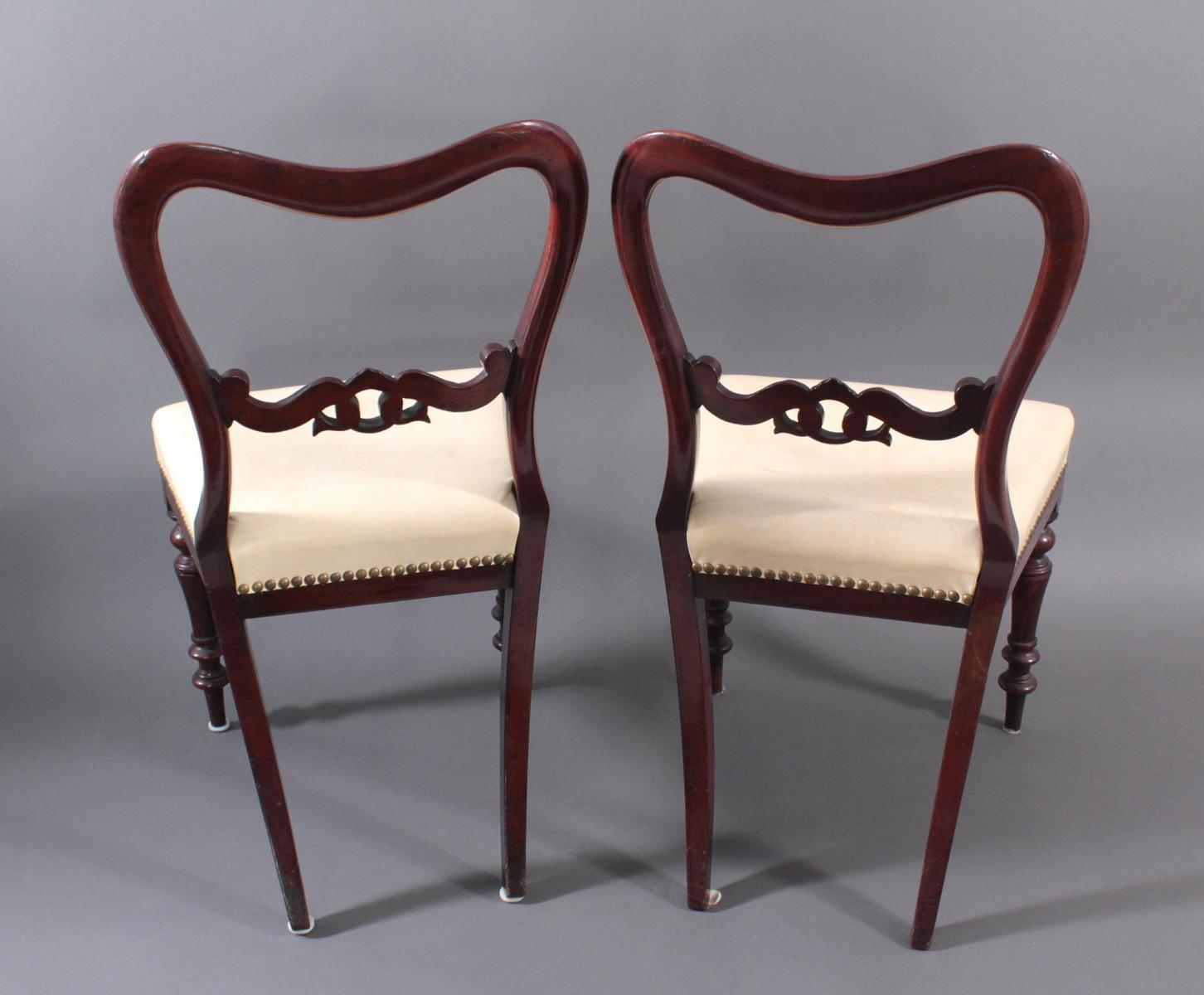 Paar englische Stühle-3