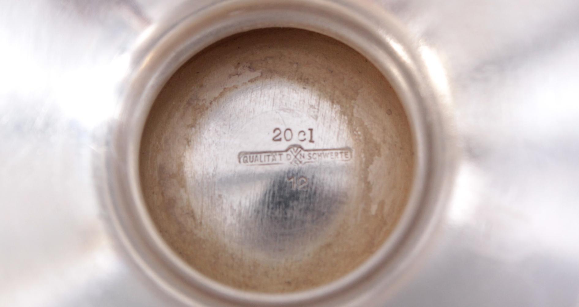 Milchkännchen und Zuckerschale-3