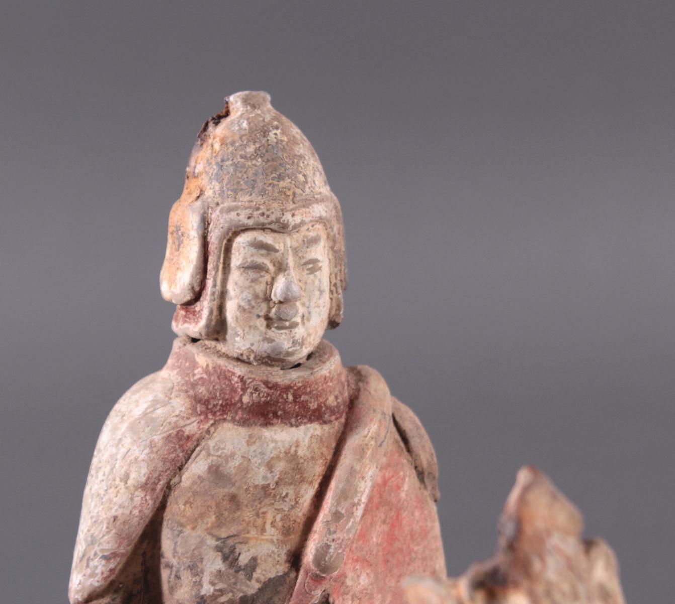 China Six-Dynastie, Pferd mit Reiter aus gebranntem Ton-4