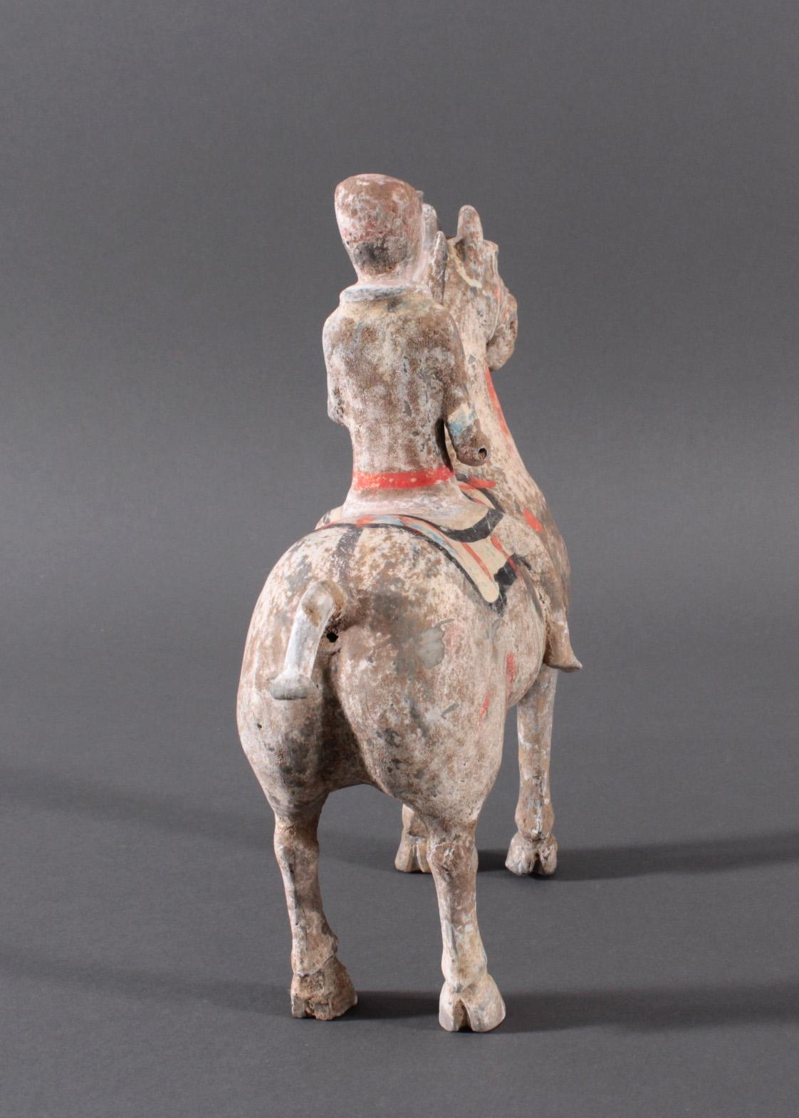 China Han-Dynastie, Pferd mit Reiter aus gebranntem Ton-4