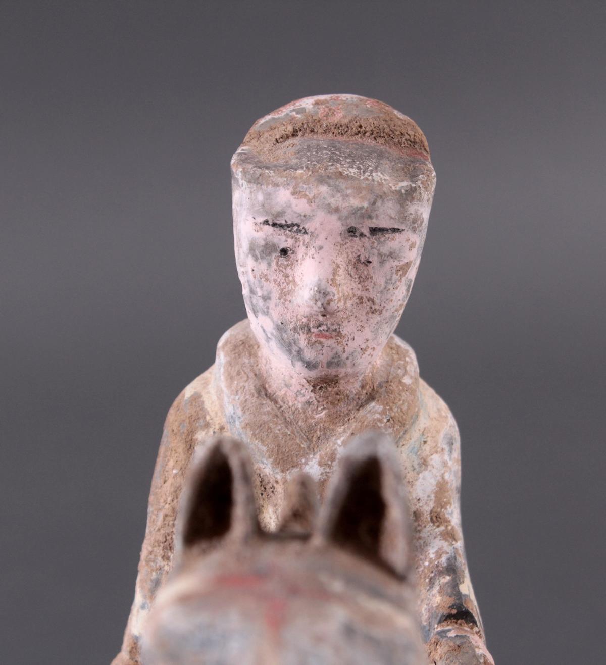 China Han-Dynastie, Pferd mit Reiter aus gebranntem Ton-5