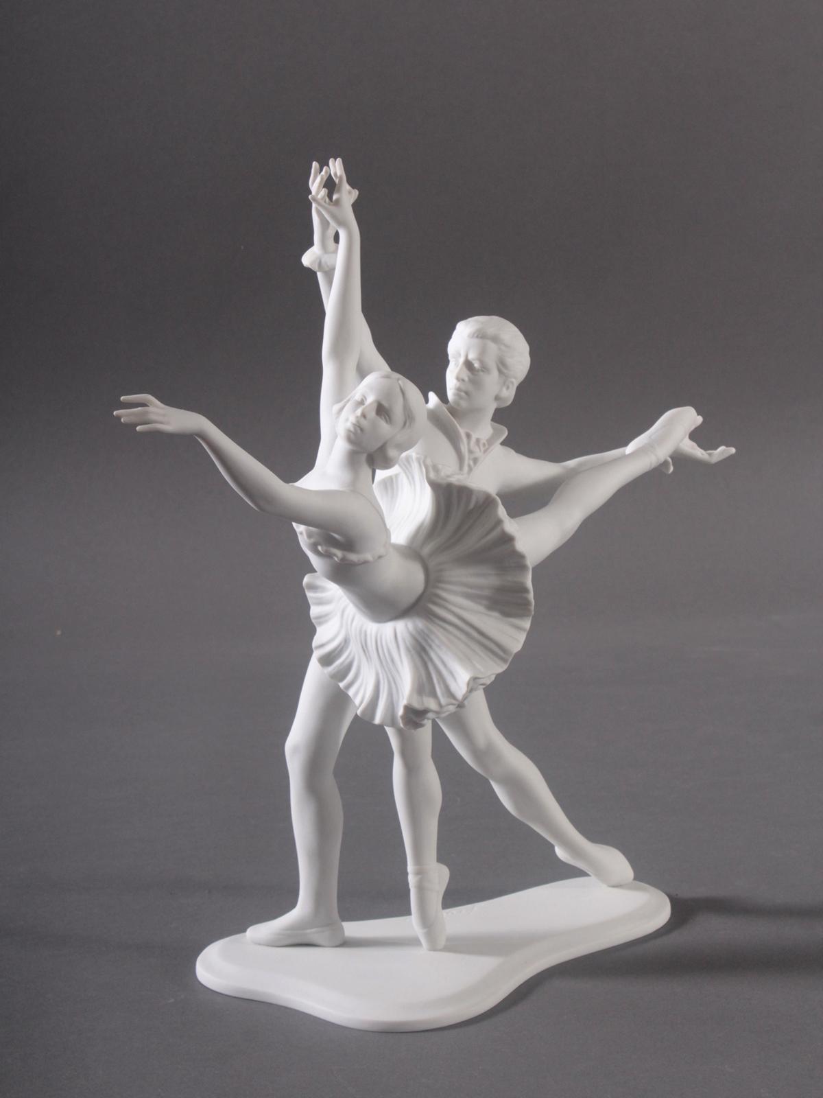 Goebel-Figur, 'Tanzendes Paar', 20. Jahrhundert-2