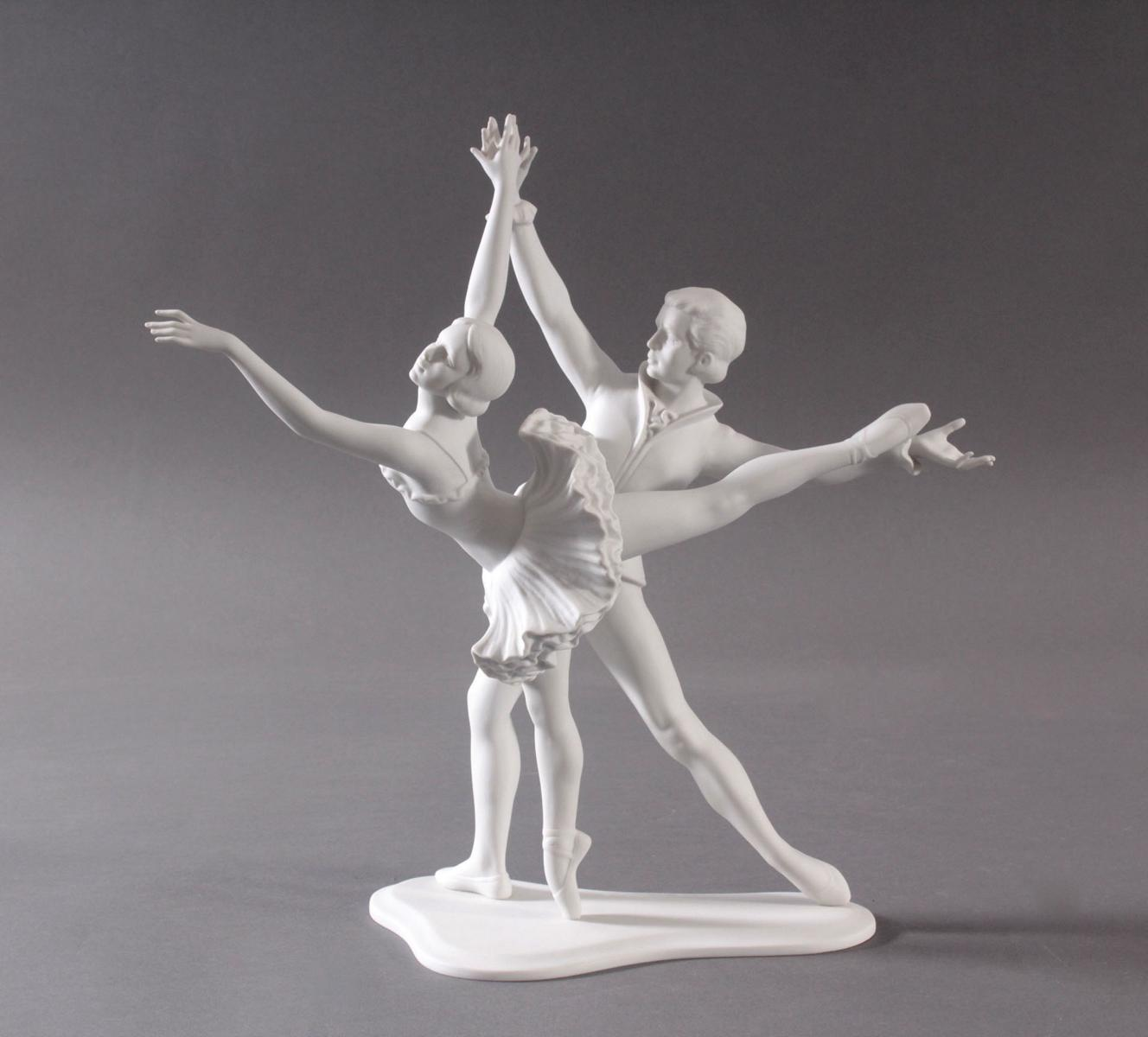 Goebel-Figur, 'Tanzendes Paar', 20. Jahrhundert-3