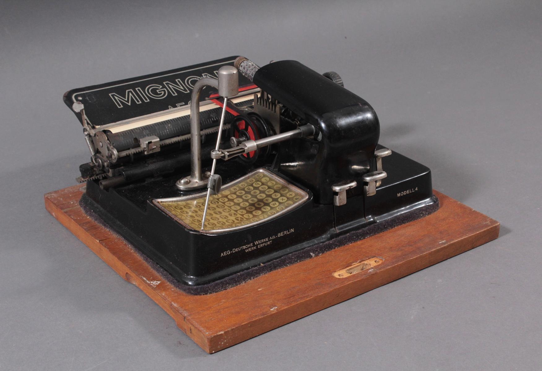 Mignon Schreibmaschine von AEG aus den 1920er Jahren-4