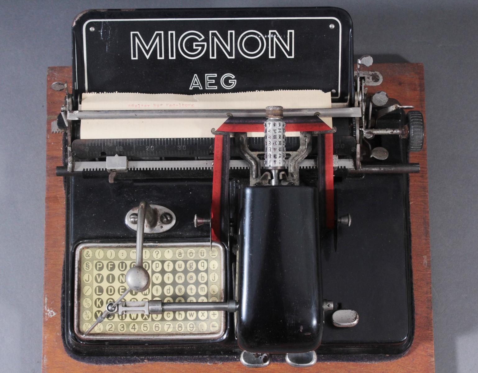 Mignon Schreibmaschine von AEG aus den 1920er Jahren-5