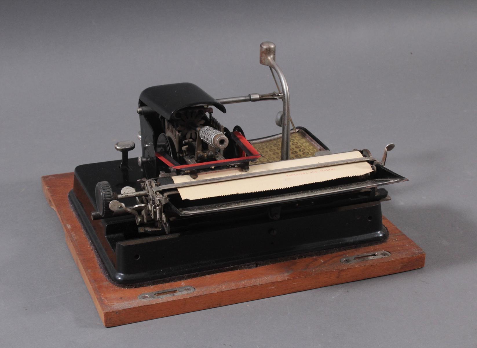 Mignon Schreibmaschine von AEG aus den 1920er Jahren-6