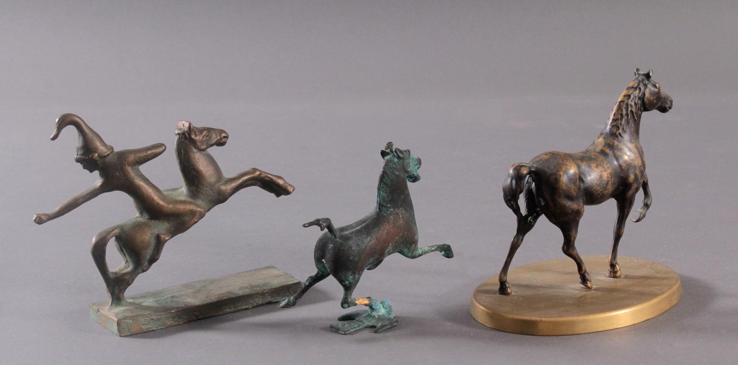 3 Pferdeskulpturen aus Bronze und Messing-2