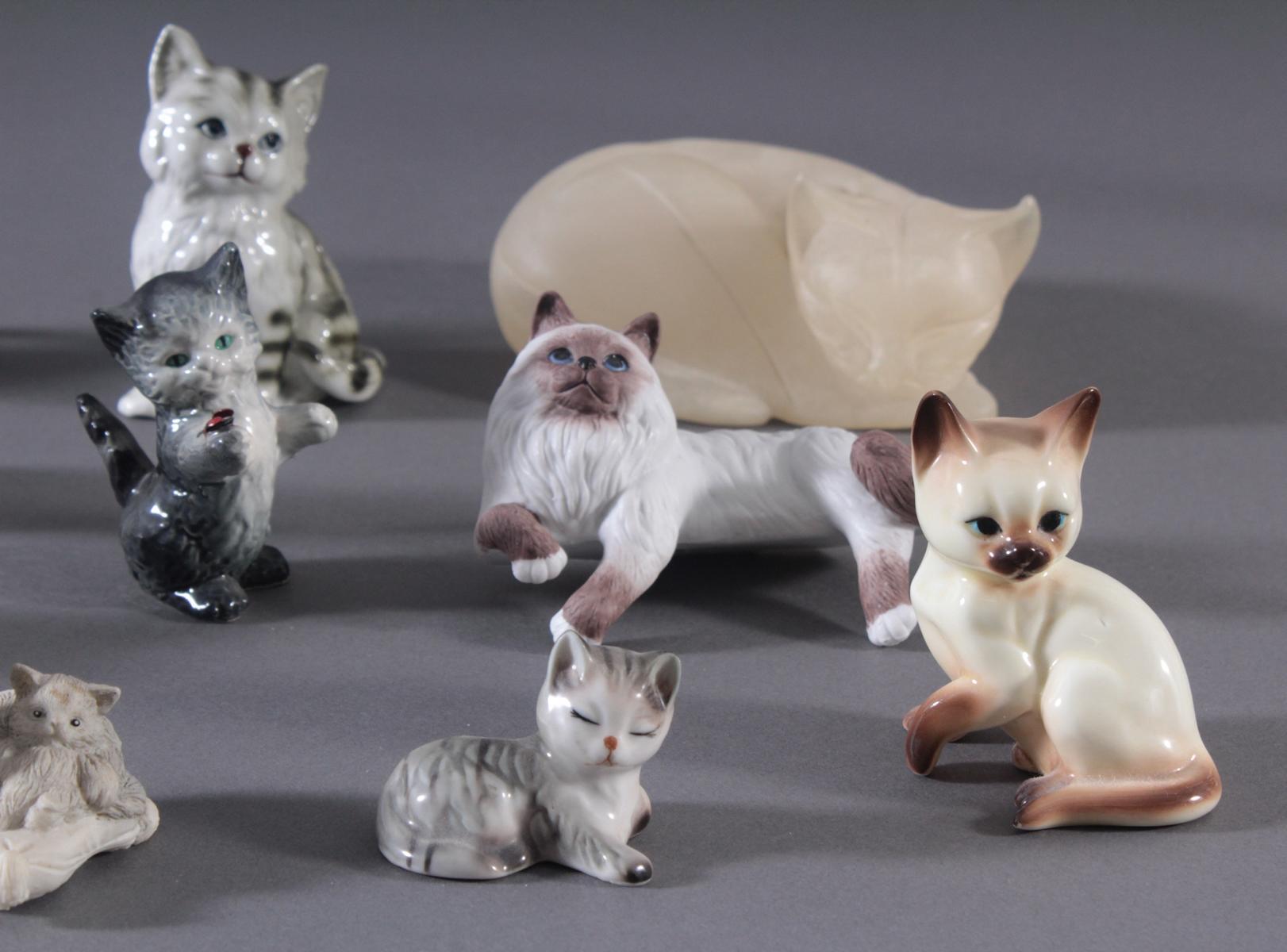 16 diverse Katzenfiguren und 1 Fuchs-4