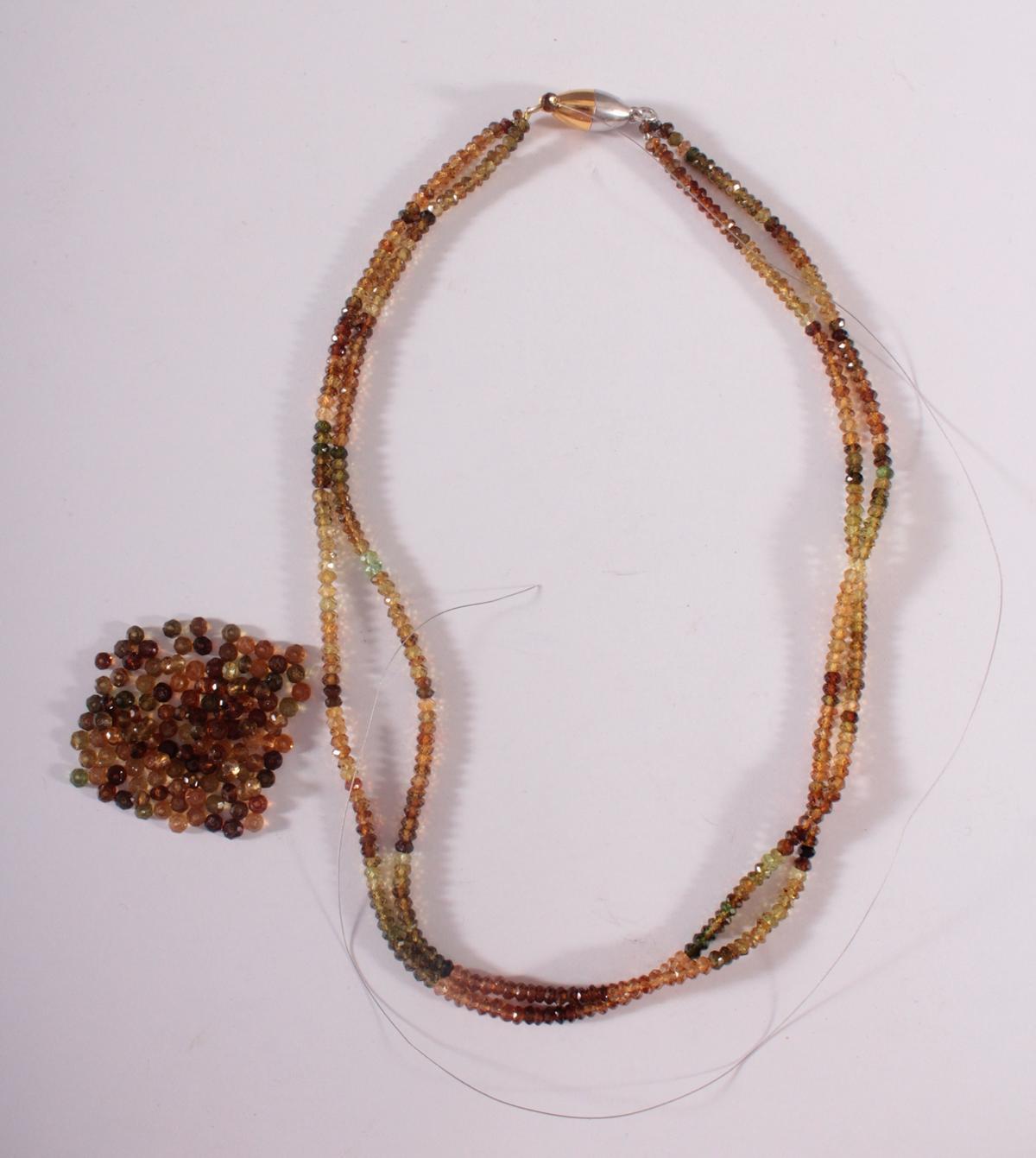 Halskette aus Turmalinen