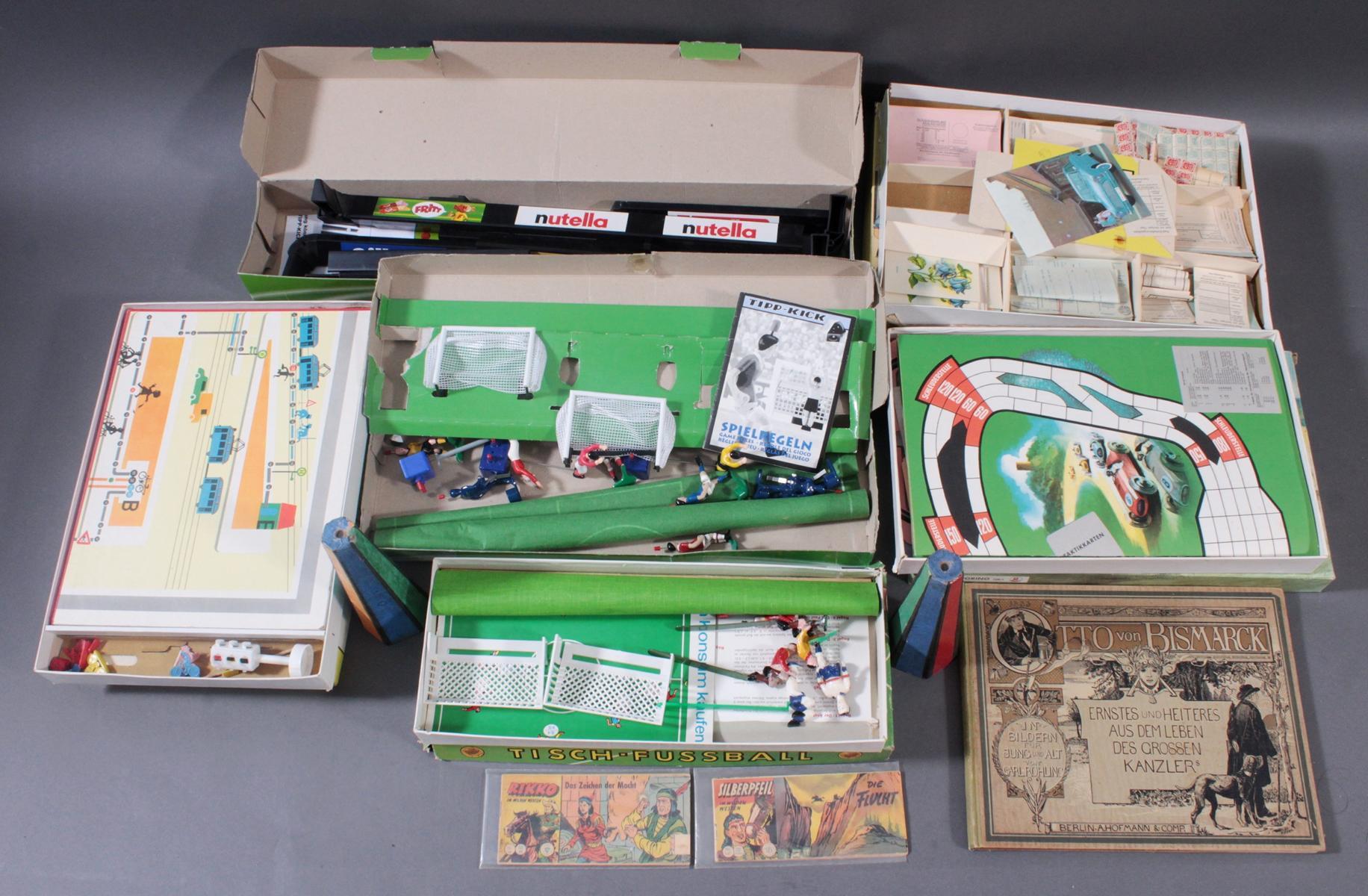Spielesammlung aus den 50er/60er Jahren, Comics und Bücher
