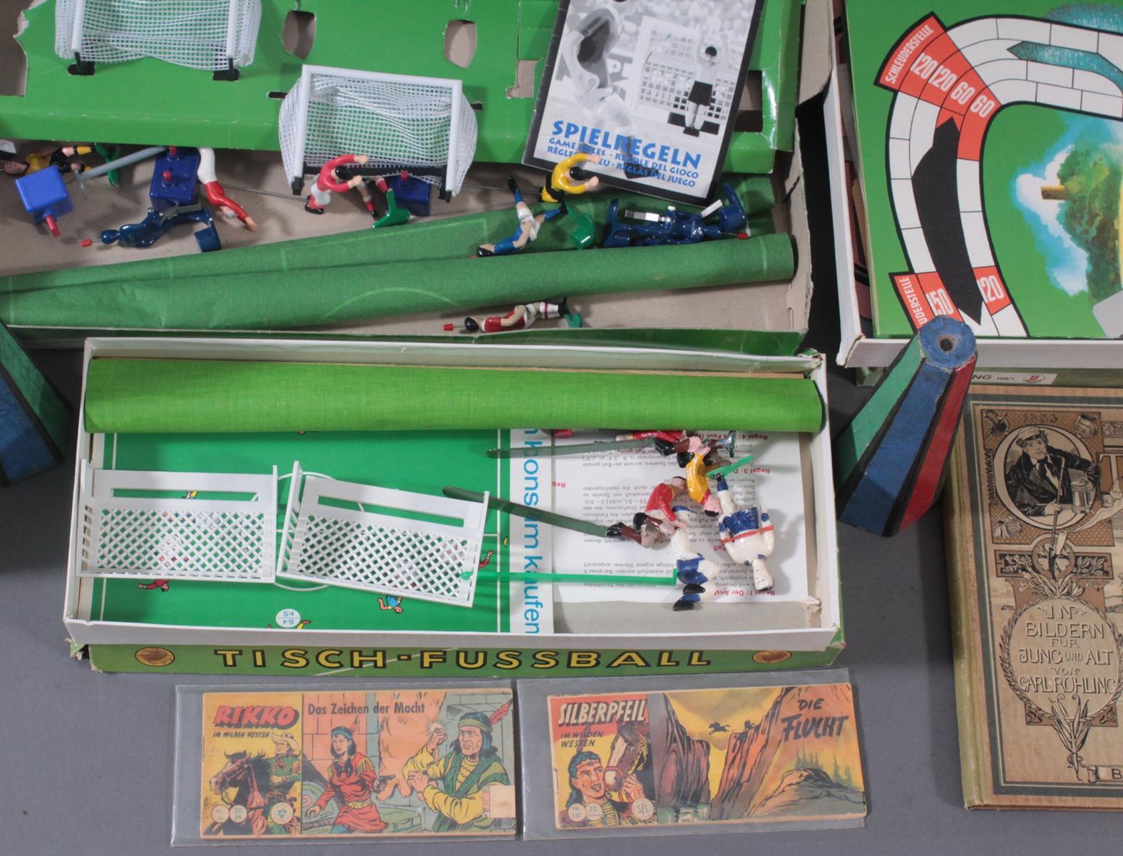 Spielesammlung aus den 50er/60er Jahren, Comics und Bücher-3