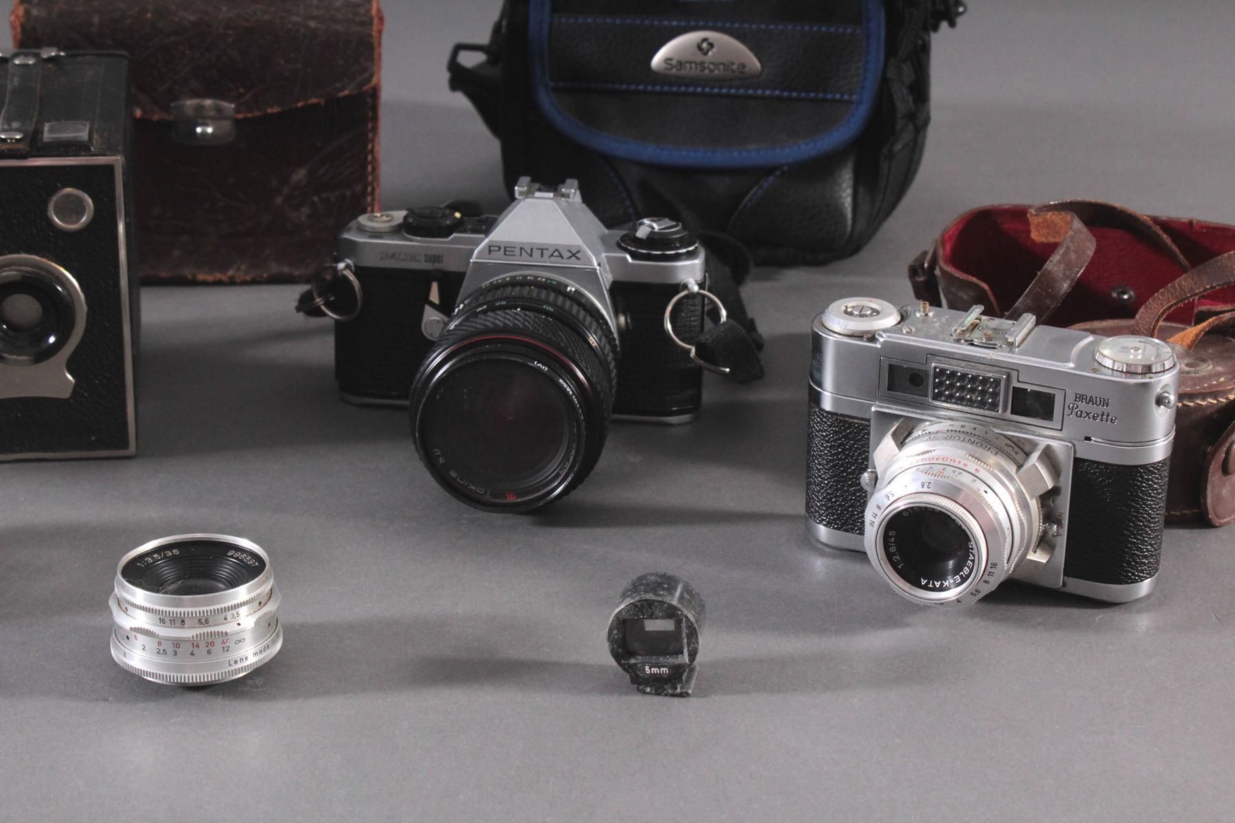 Konvolut Fotoapparate und Zubehör-3
