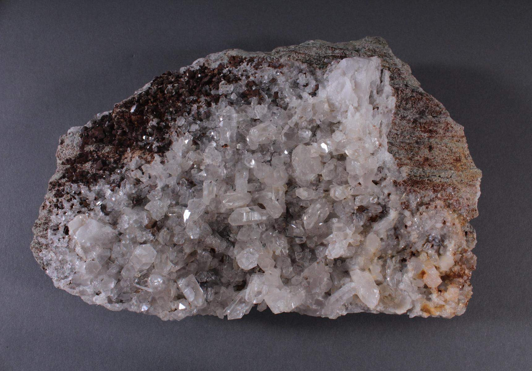 Quarzstufe-Siderit-Rutil-Sagenit-3