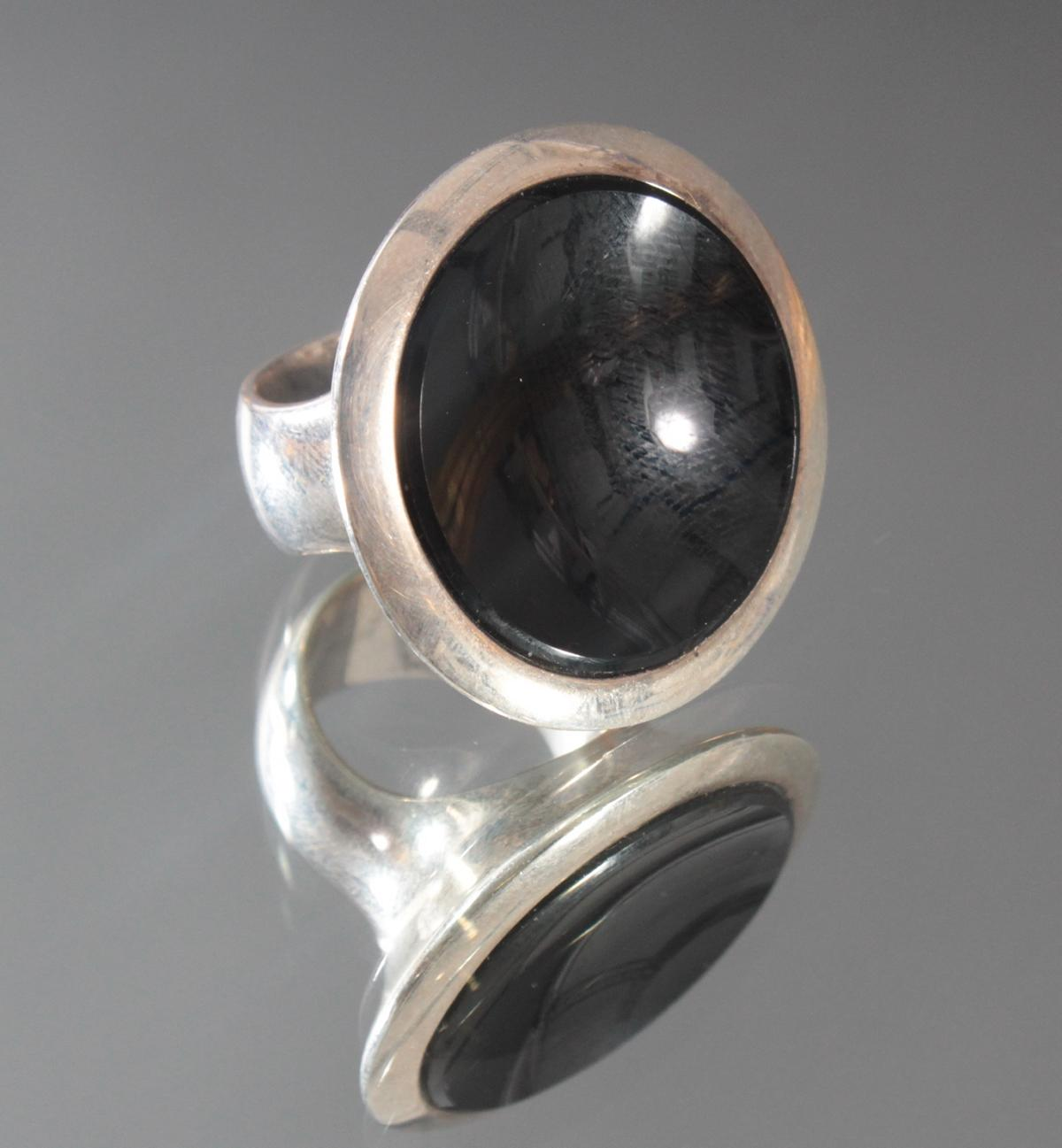 Sterlingsilber-Ring mit Onyx-2
