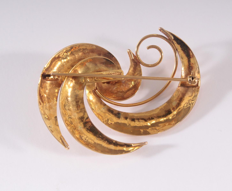 Brosche mit Perle aus 14 Karat Gelbgold-2