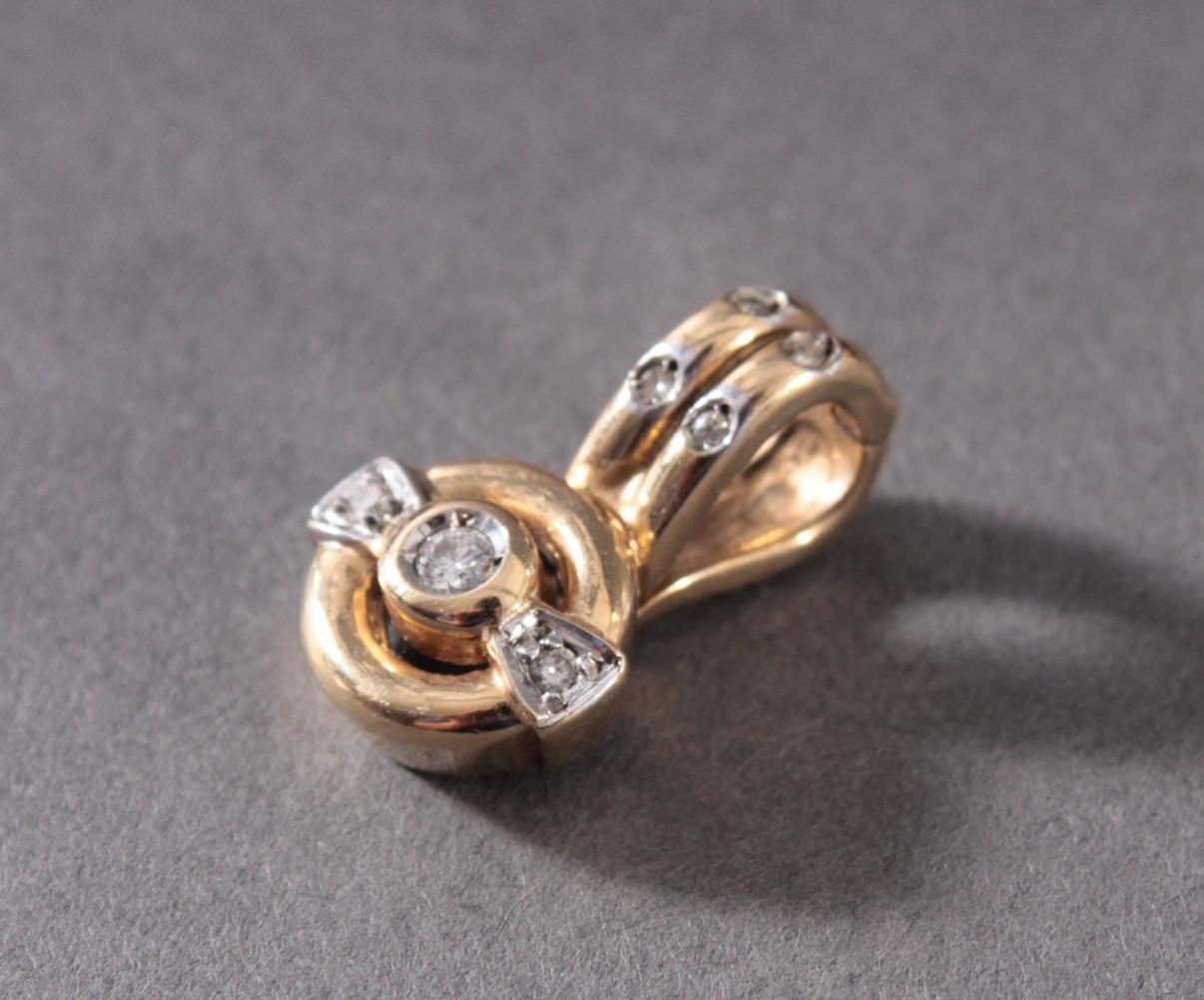 Anhänger aus 14 Karat Gelbgold mit Diamanten-2