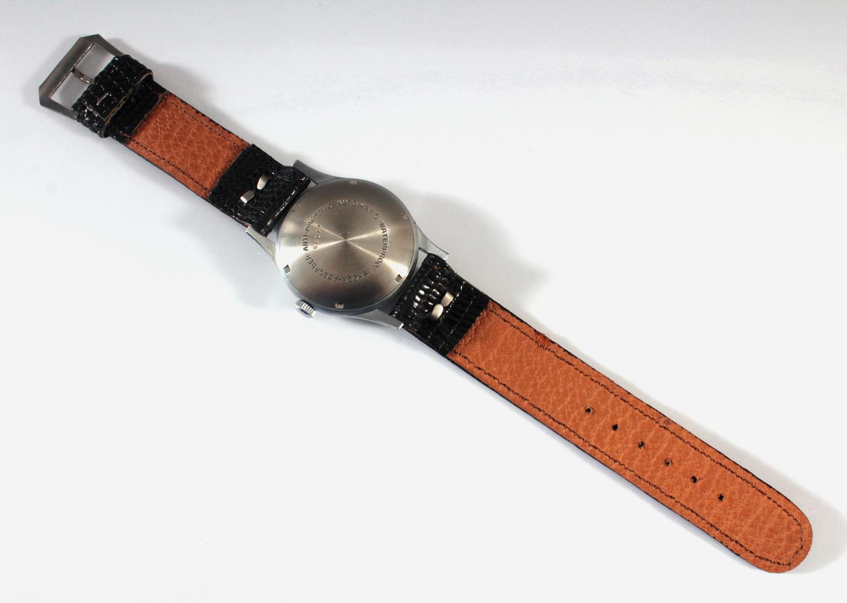 Herrenarmbanduhr der Marke Comint Automatic-3