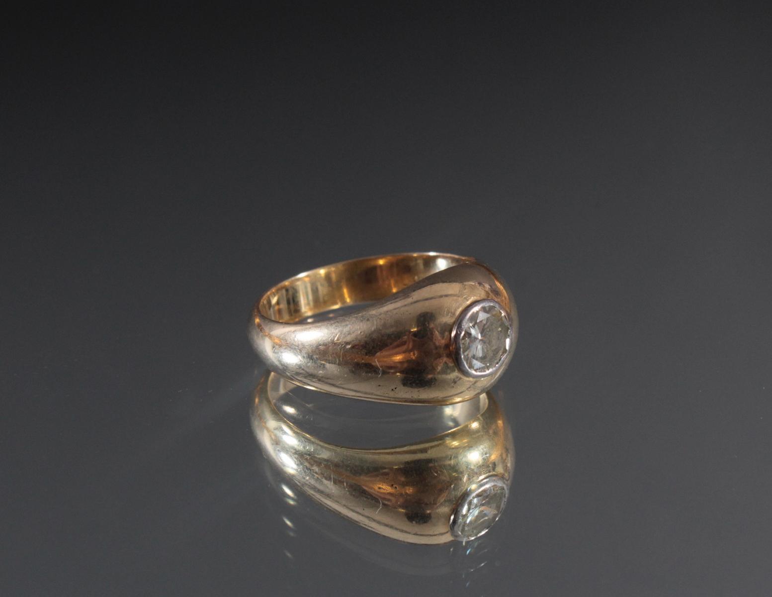 Herrenring aus 14 Karat Gelbgold mit Diamant von 1 Karat
