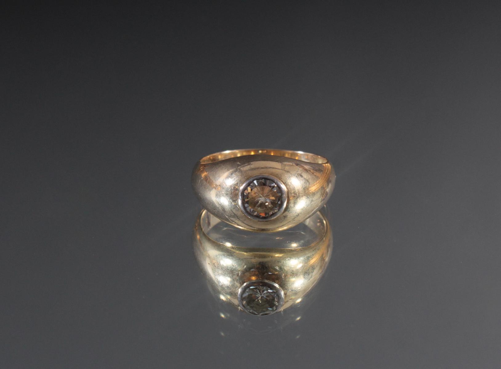 Herrenring aus 14 Karat Gelbgold mit Diamant von 1 Karat-2