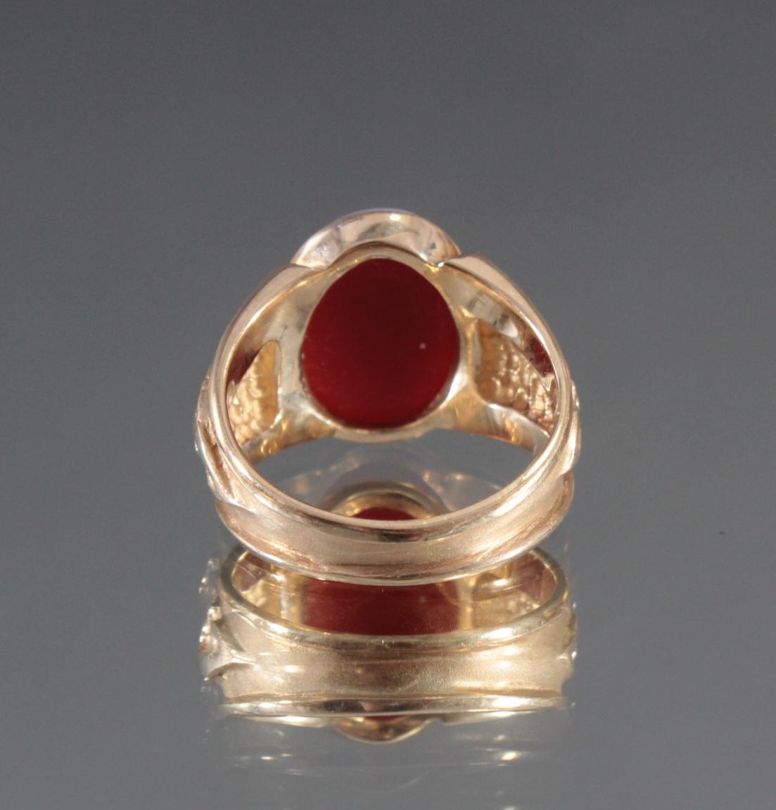 Damenring aus 8 Karat Gelbgold mit Gemme-4