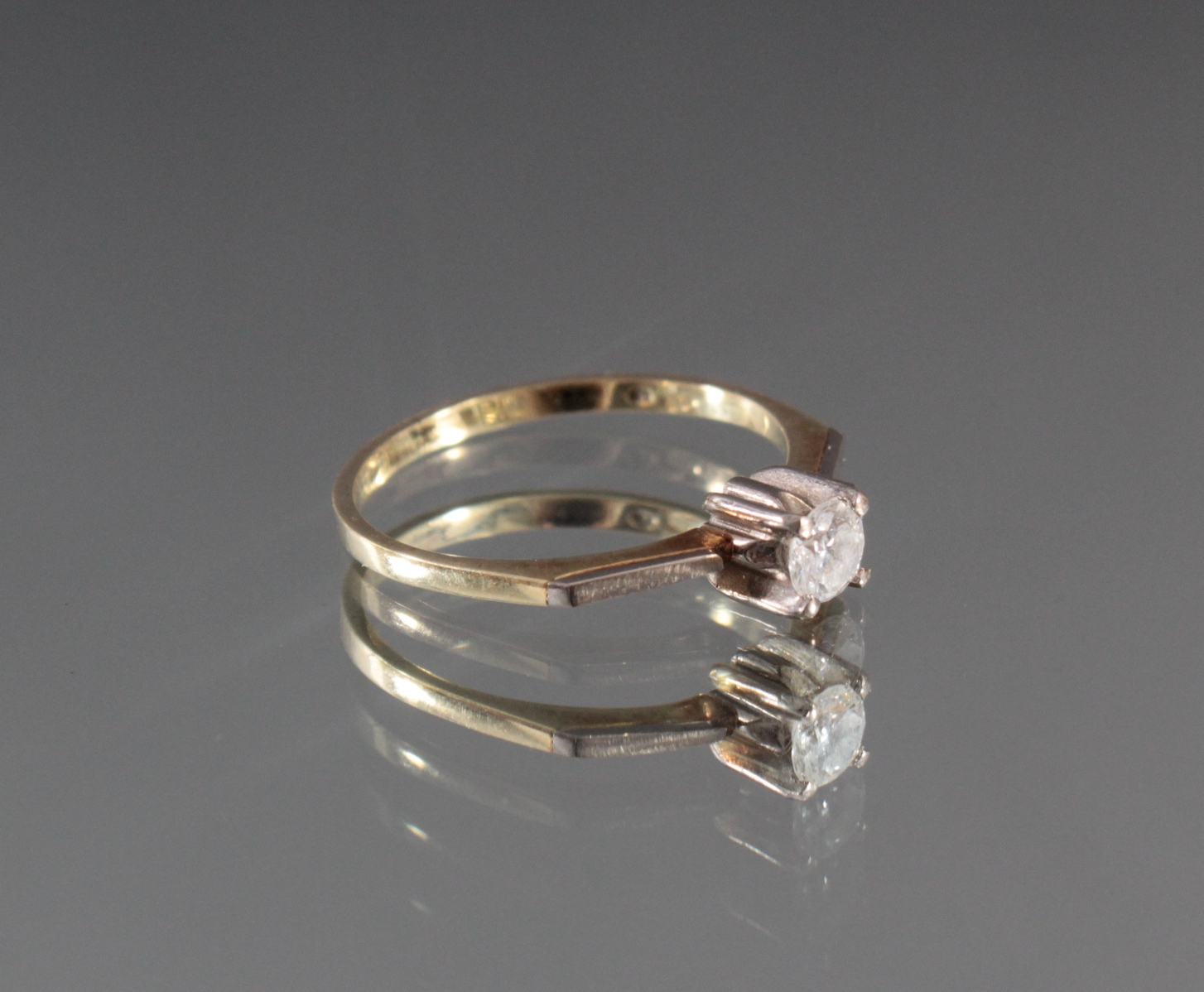Damenring mit Diamant, 14 Karat Gelbgold-2