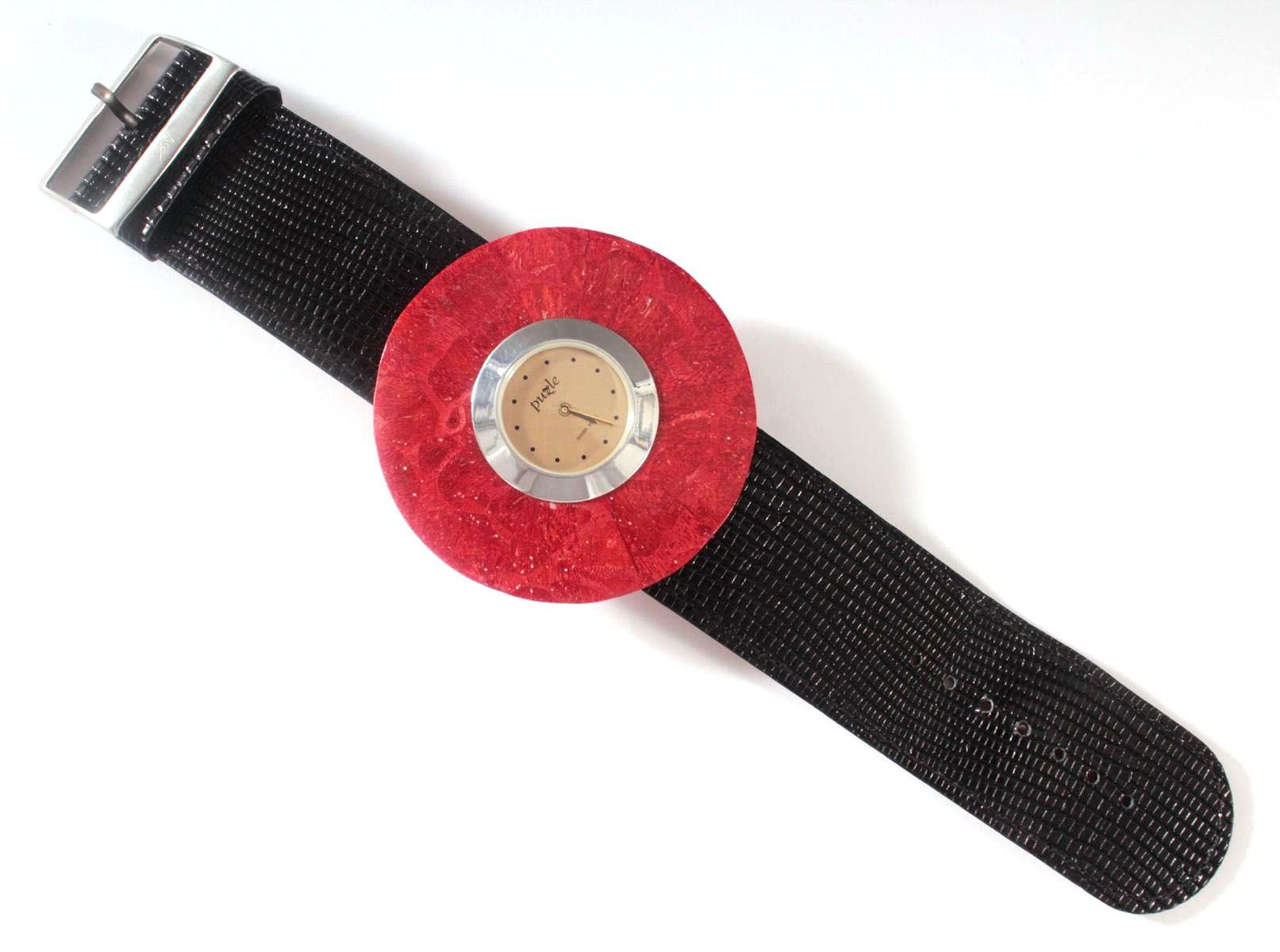 Damenarmbanduhr der Marke Puzle