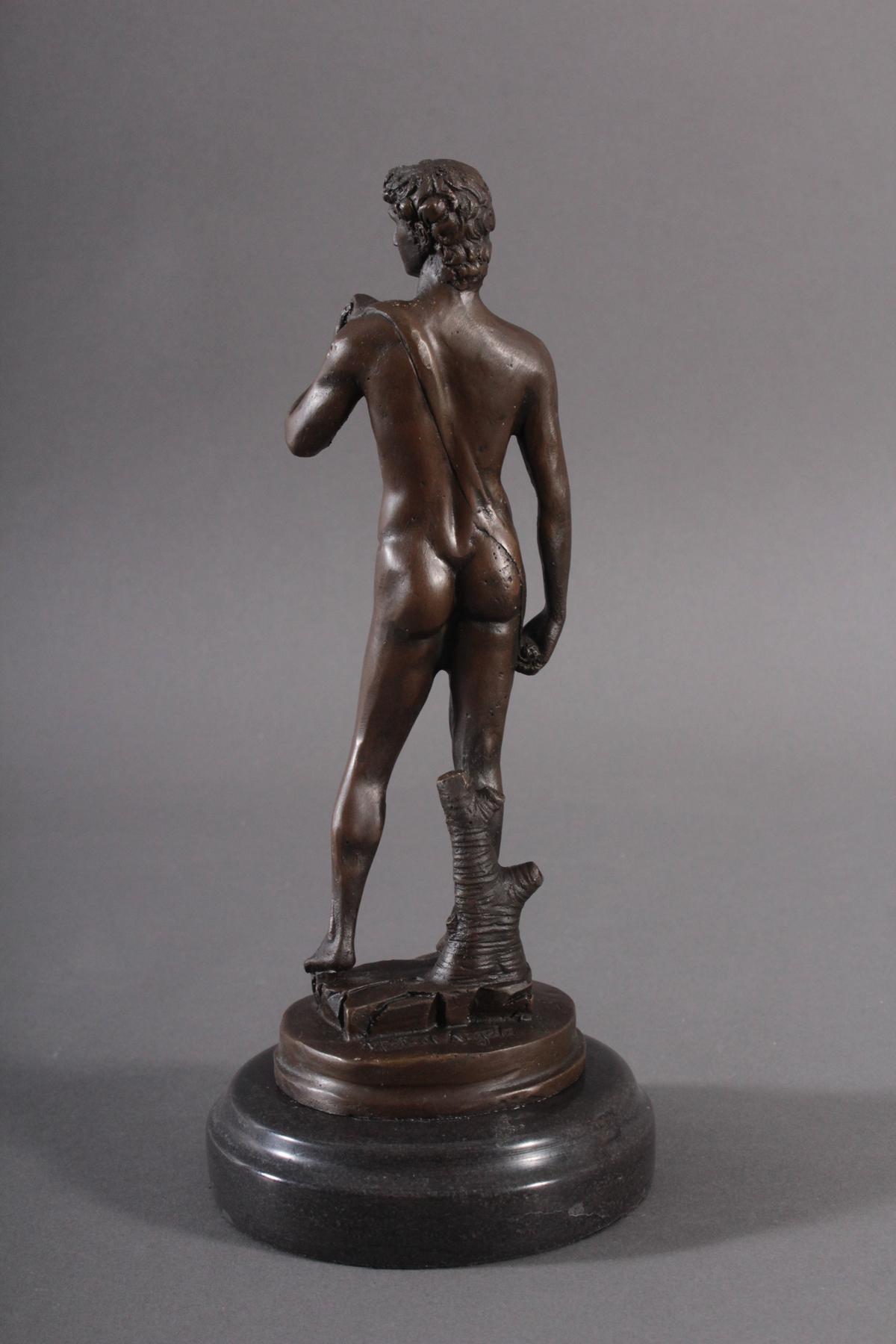 Bronzefigur nach Michelangelo (1475 – 1564), 'David'-2