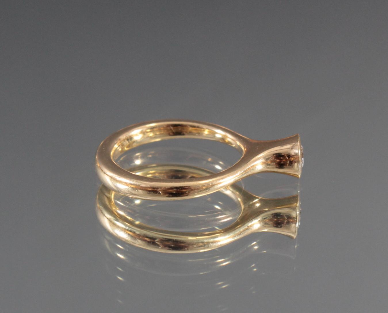 Damenring aus 18 Karat Gelbgold mit Diamant-3
