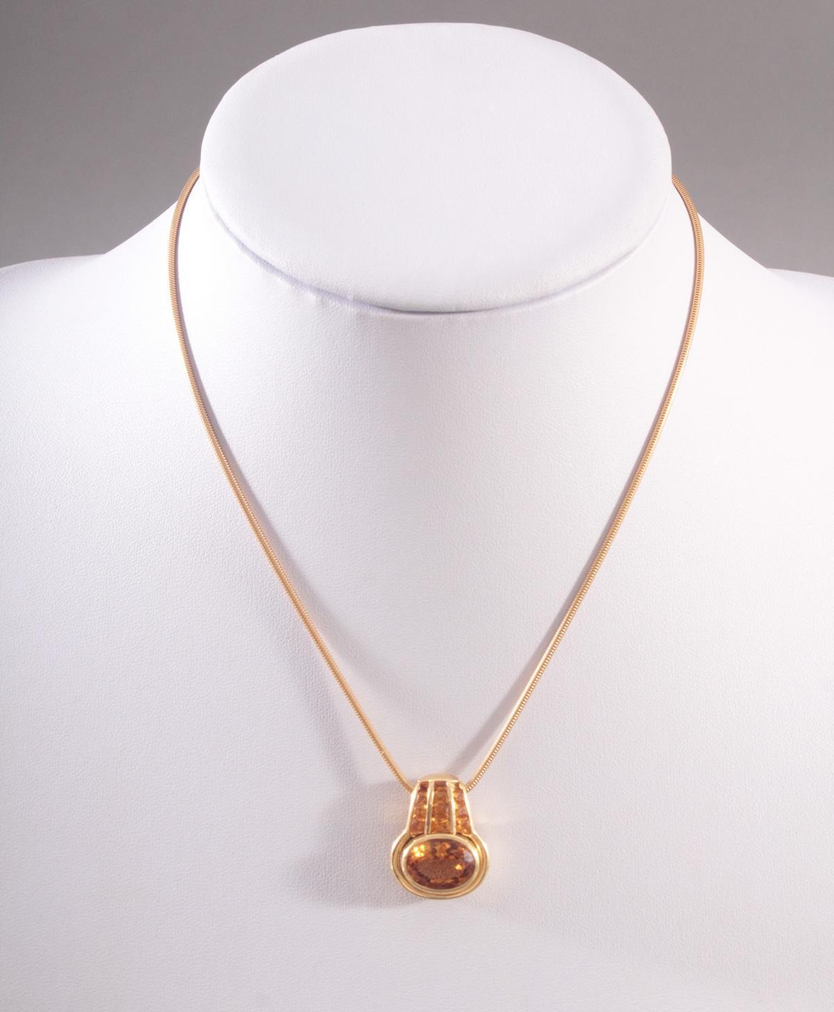 Halskette mit Citrinanhänger aus 18 Karat Gelbgold