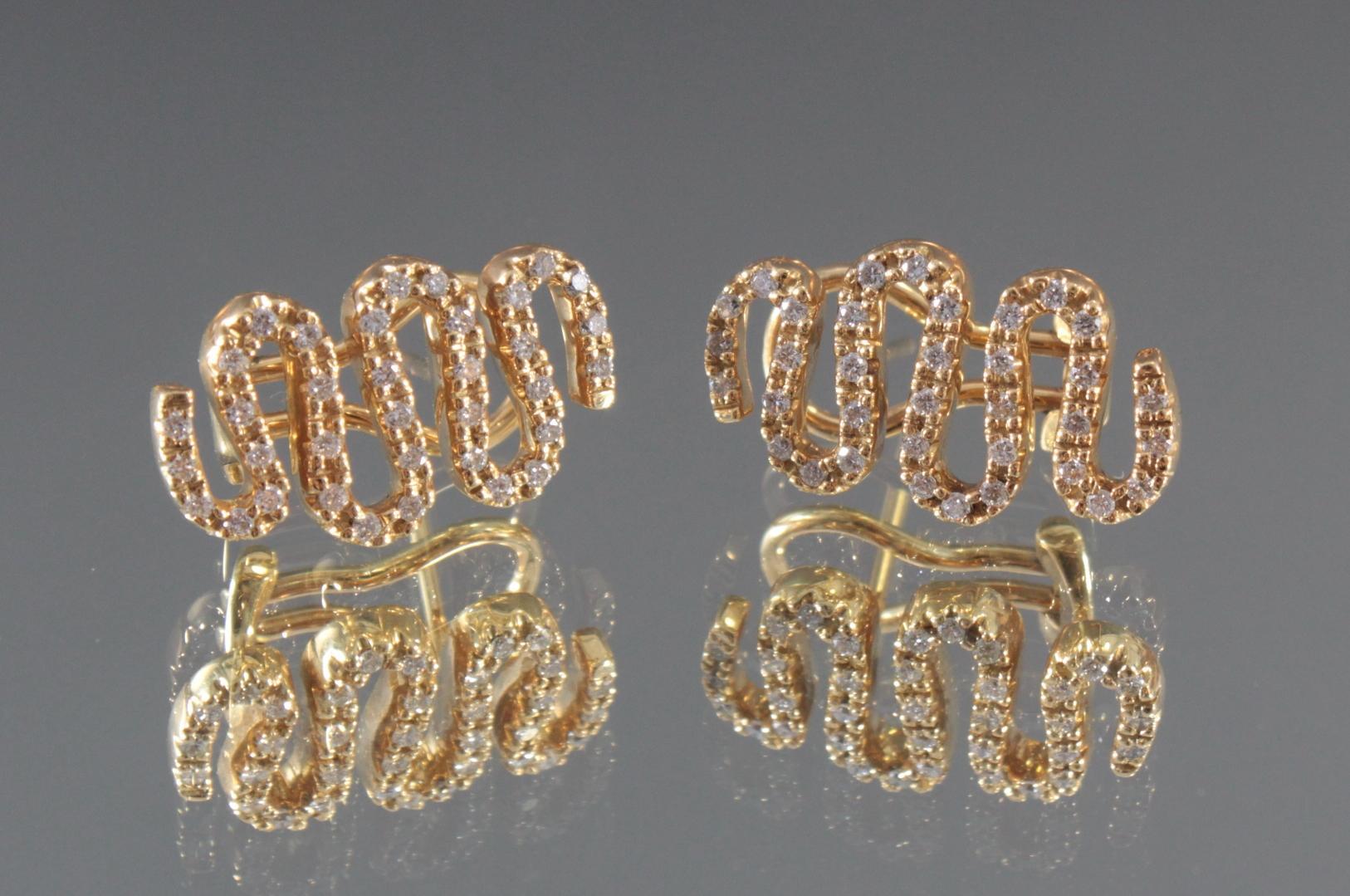 Paar Ohrringe mit Diamanten aus 18 Karat Gelbgold