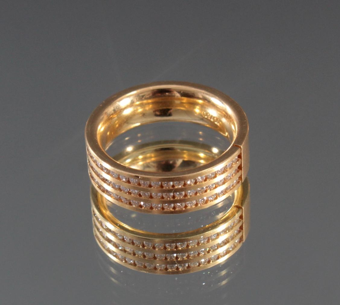 Damenring mit Diamanten aus 18 Karat Weißgold-2