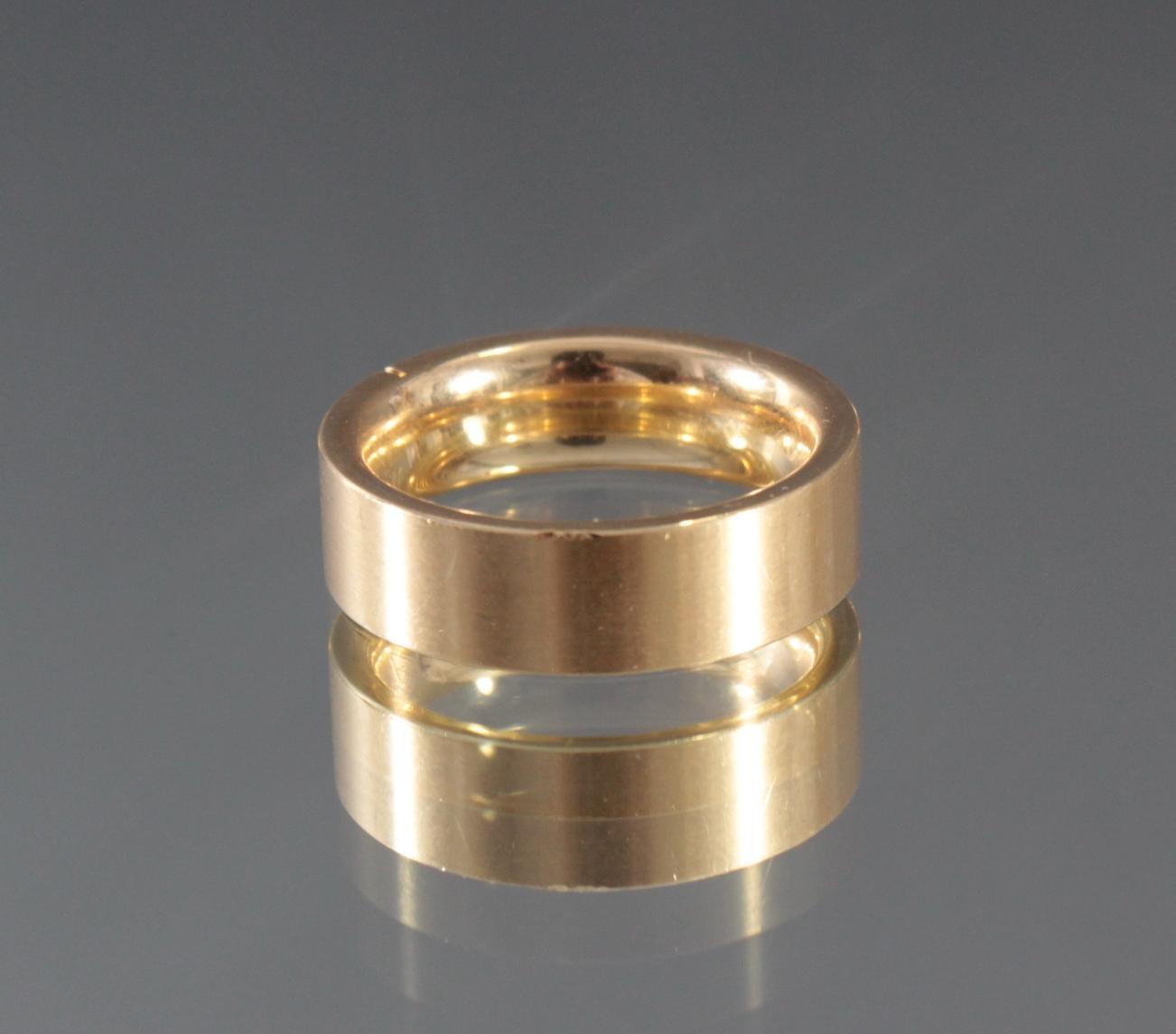 Damenring mit Diamanten aus 18 Karat Weißgold-4