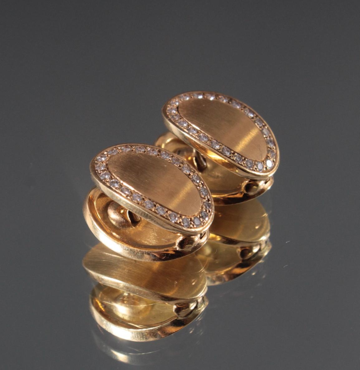 Paar Ohrringe mit Diamanten aus 18 Karat Gelbgold-2